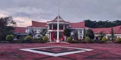 Kantor Bupati Kabupaten Halmahera Selatan (Foto Redaksi Liputan Malut)